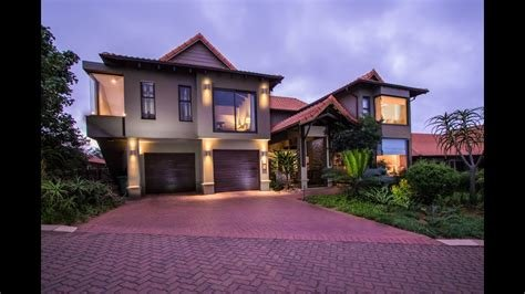 Best R6 195 000 Picture Perfect Family Home 4 Bedroom Home For With Pictures