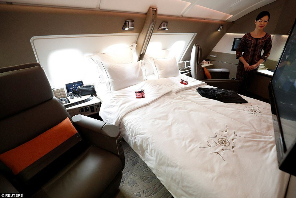 Best Singapore Airlines Reveals First New A380 After Makeover With Pictures