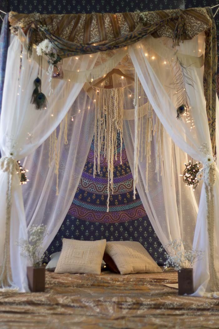 Best 45 Ideas To Hang Christmas Lights In A Bedroom Shelterness With Pictures