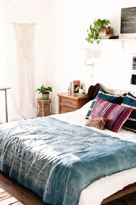 Best Bedroom Bohemian Bedroom Furniture For Upmost Look With Pictures