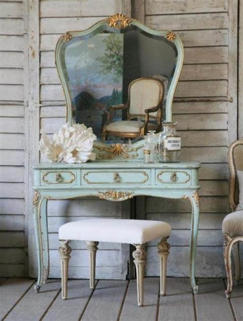 Best Bedroom Selecting The Best Vintage Vanity For Bedroom Glass Dressing Table Mirrored Vanity With Pictures