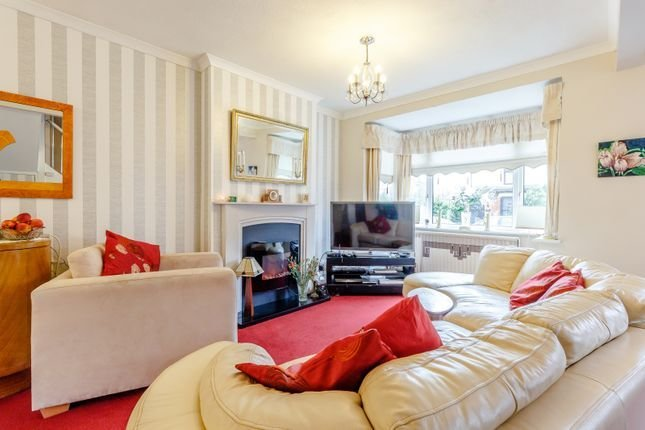 Best 2 Bedroom Houses To Buy In Romford Primelocation With Pictures