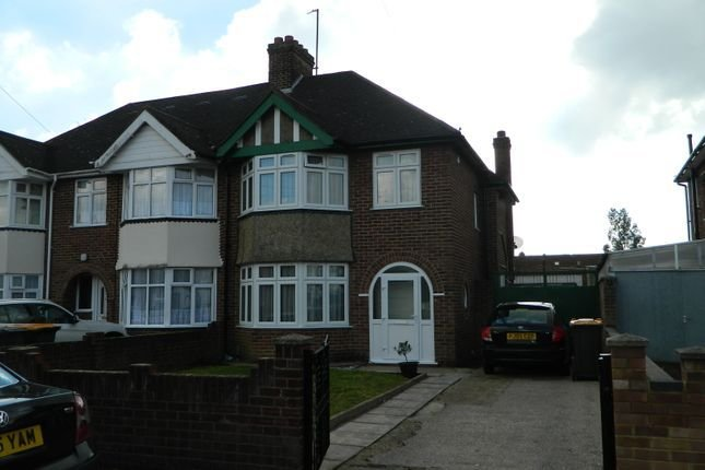 Best 3 Bedroom Houses To Let In Bedford Primelocation With Pictures