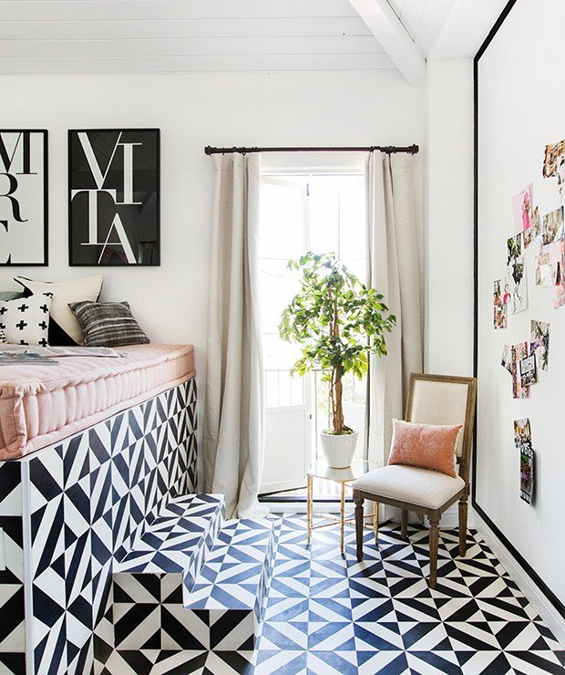 Best Shay Mitchell Wayfair Consort Bedroom Balcony With Pictures
