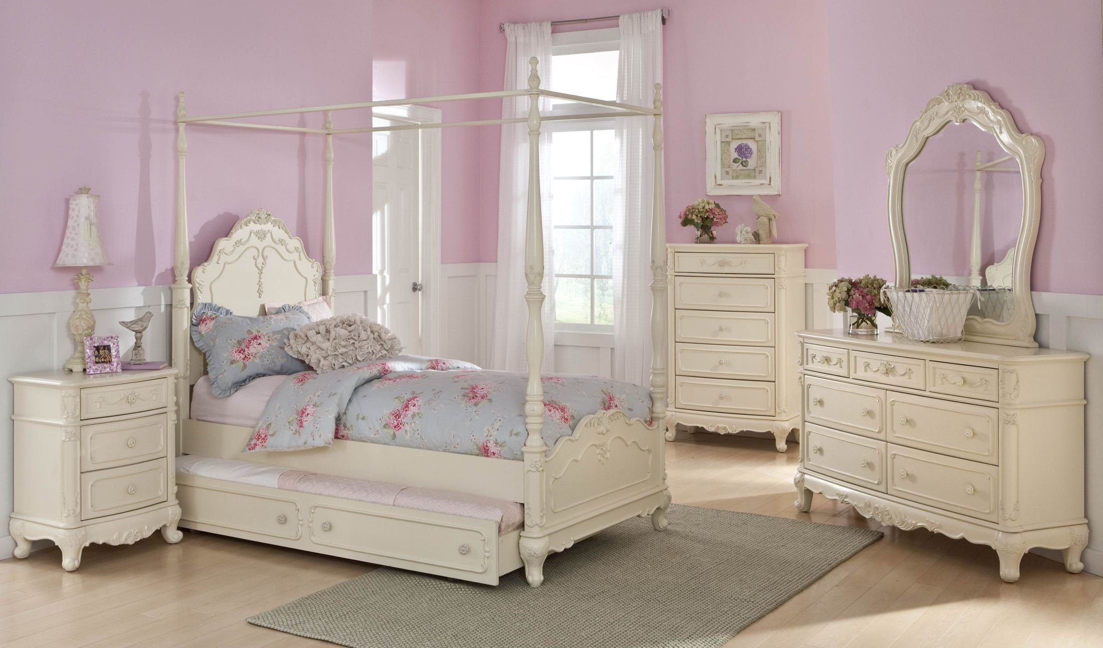 Best Cinderella Youth Canopy Poster Bedroom Set From With Pictures