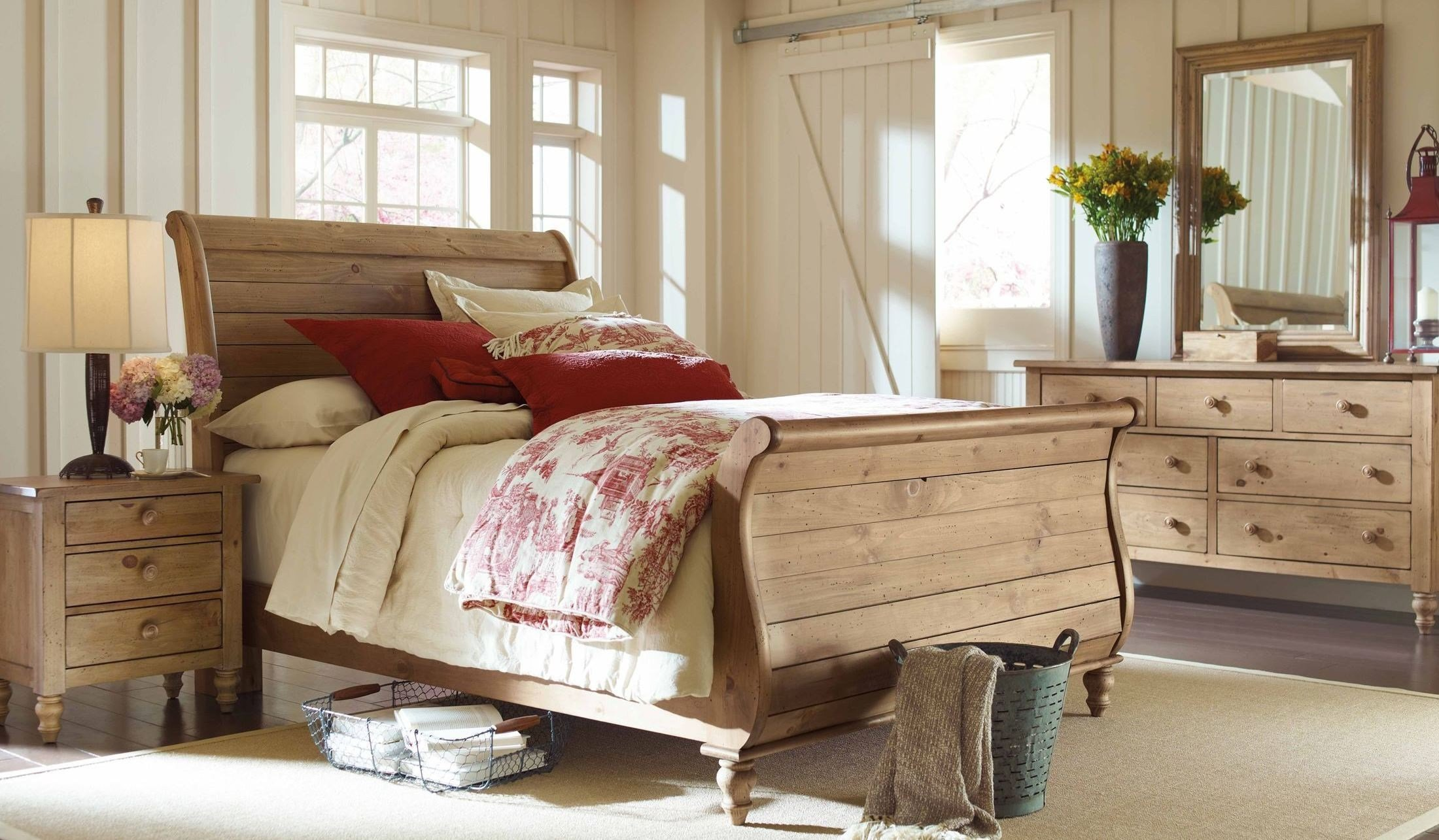 Best Homecoming Vintage Pine Sleigh Bedroom Set From Kincaid With Pictures
