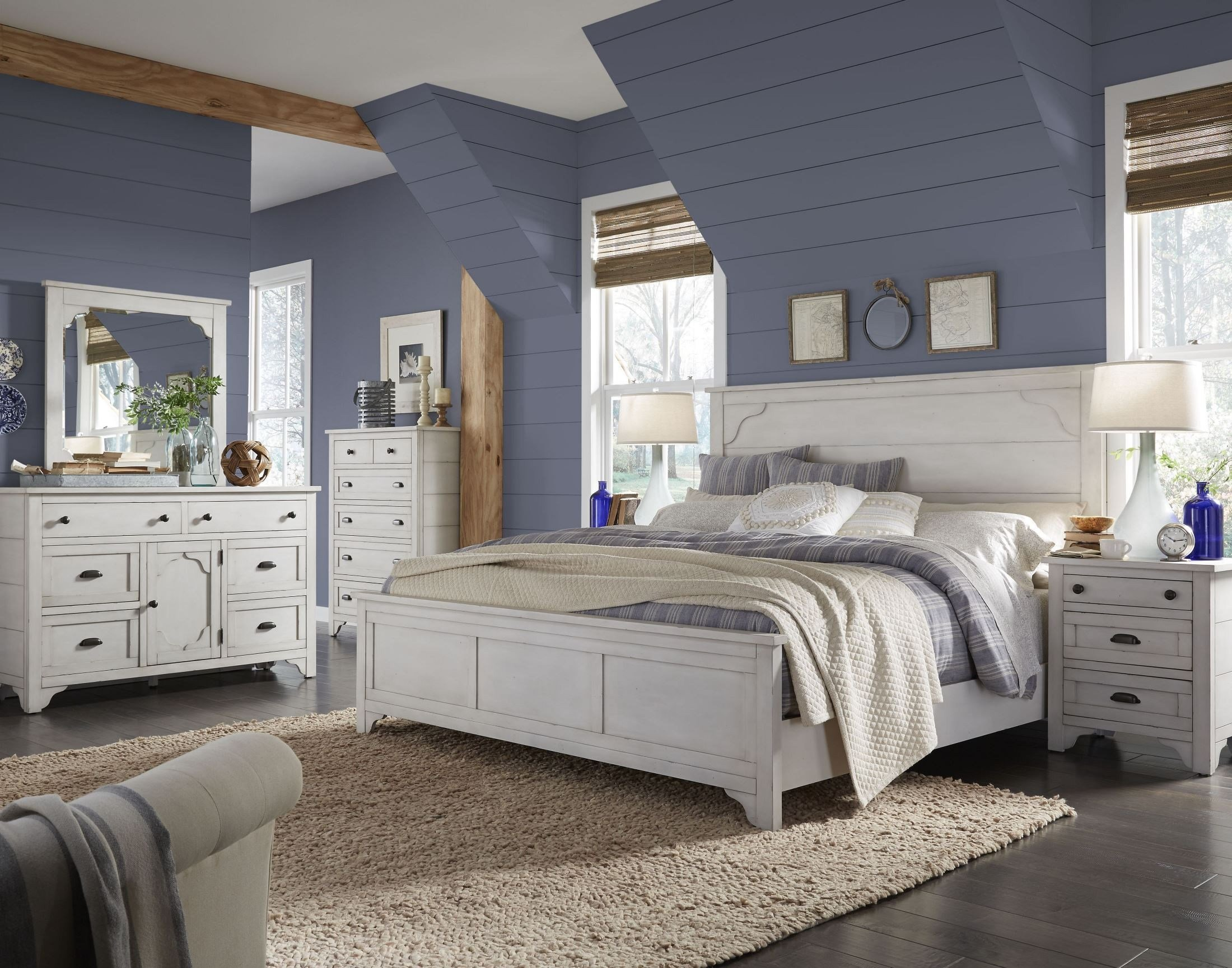Best Coventry Lane Antique White Panel Bedroom Set From With Pictures