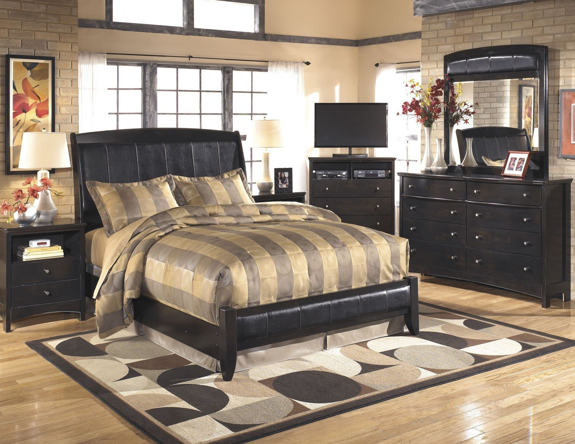 Best Harmony Bedroom Set From Ashley B208 77 74 Coleman Furniture With Pictures