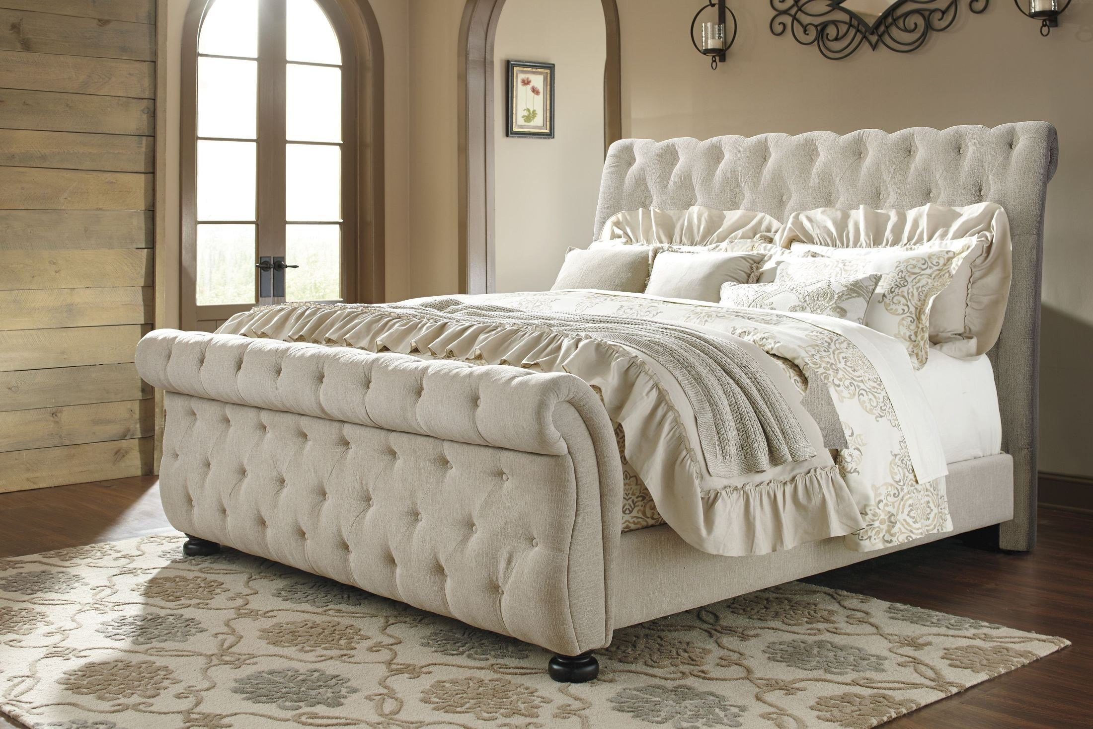 Best Willenburg Linen Queen Upholstered Sleigh Bed From Ashley With Pictures