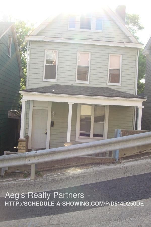 Best 4 Kuhn St 1L Pittsburgh Pa 15211 3 Bedroom House For Rent For 900 Month Zumper With Pictures