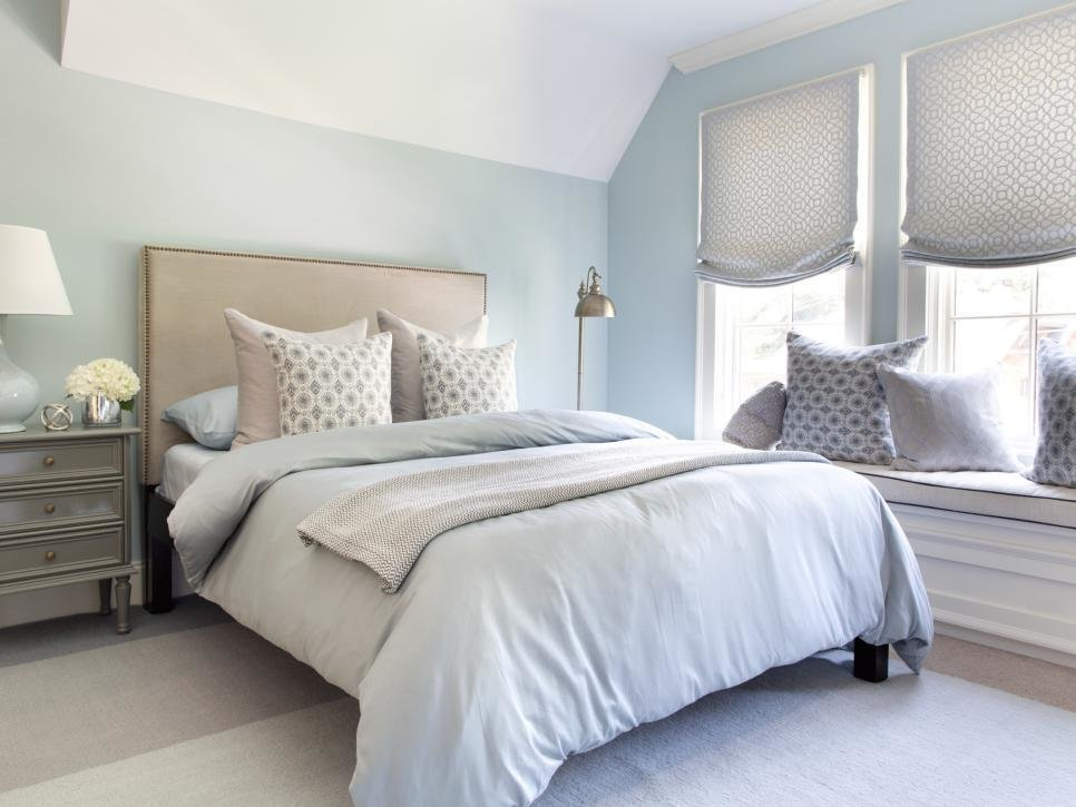 Best Welcoming Guest Bedroom Ideas For Winter Visitors Hgtv With Pictures
