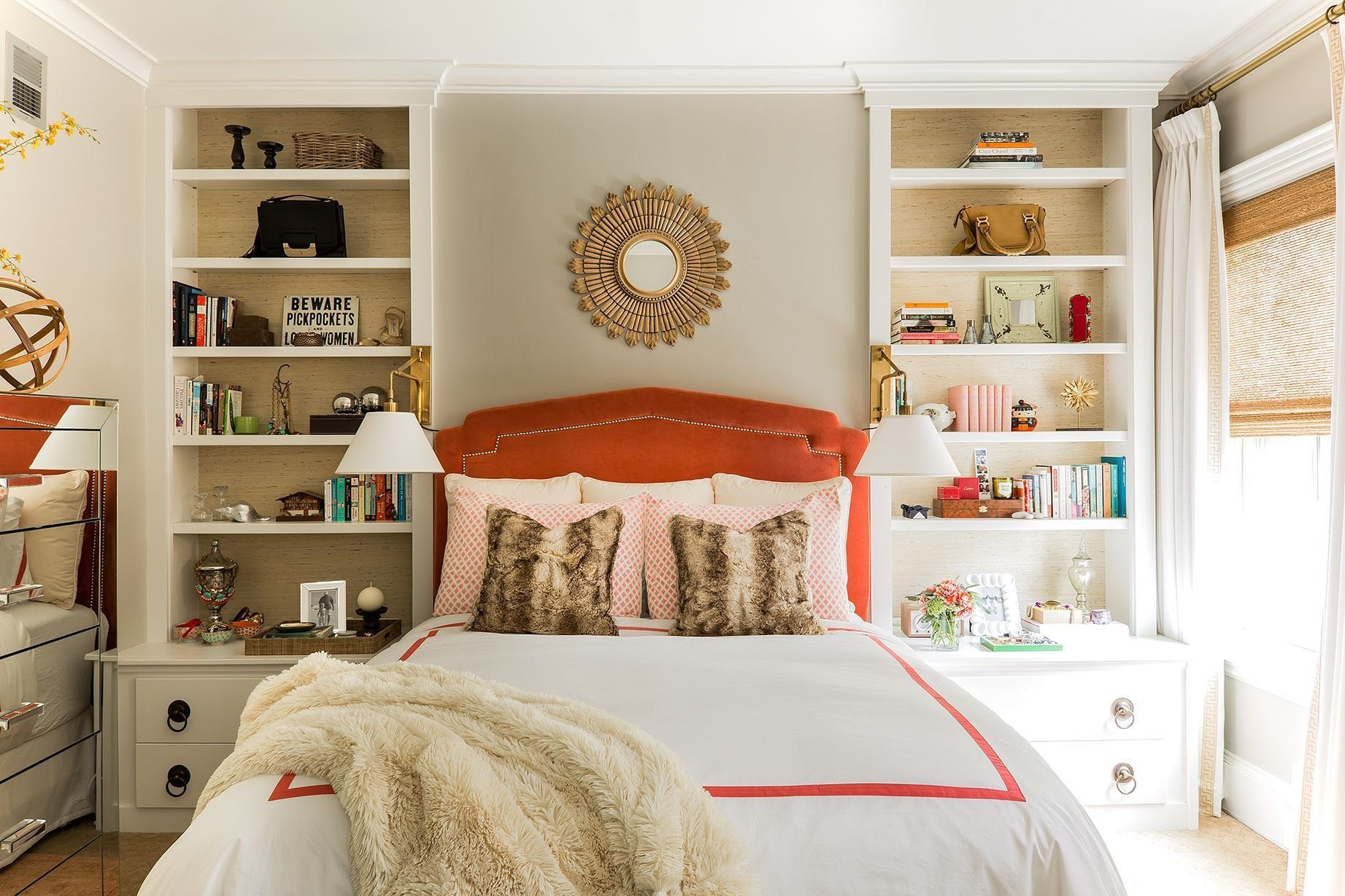 Best 17 Small Bedroom Design Ideas How To Decorate A Small With Pictures