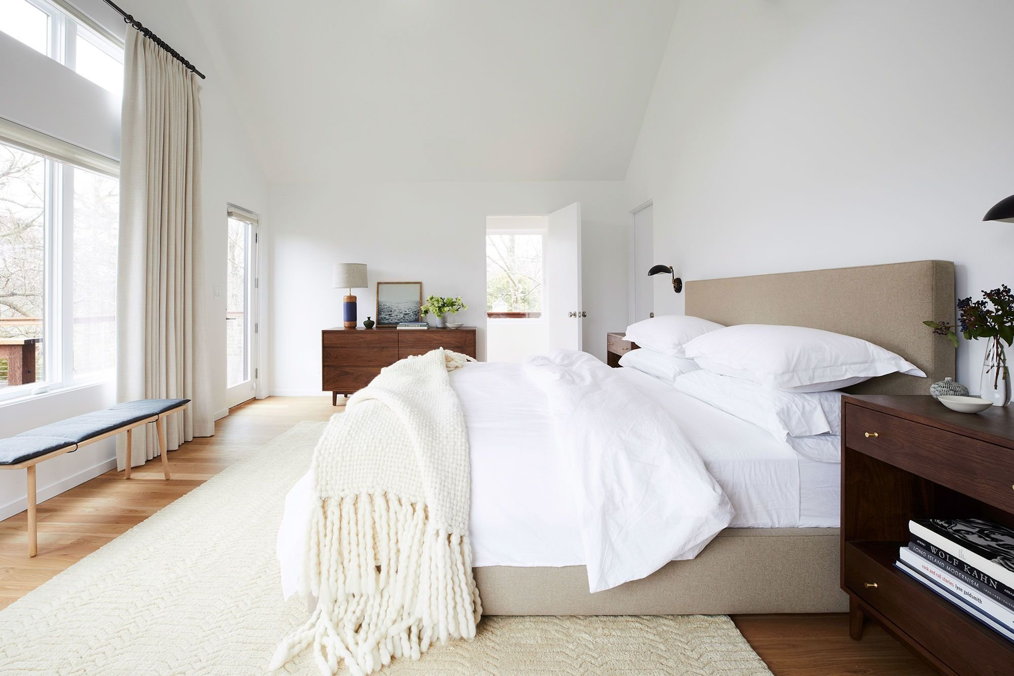 Best 20 Cozy Bedroom Ideas How To Make Your Bedroom Feel Cozy With Pictures