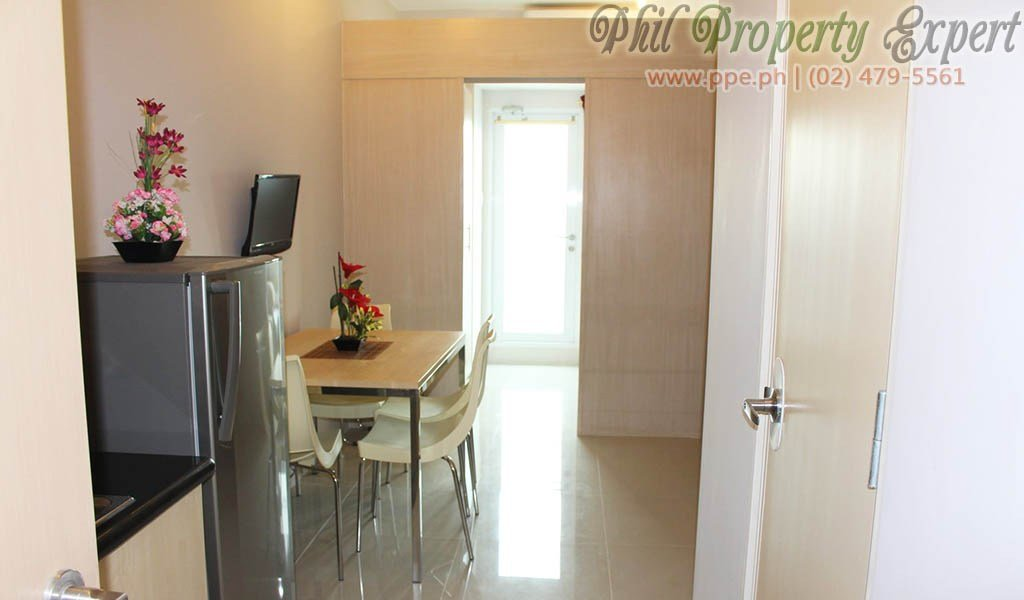 Best Fully Furnished 1Br Condo With Balcony For Rent In Quezon With Pictures
