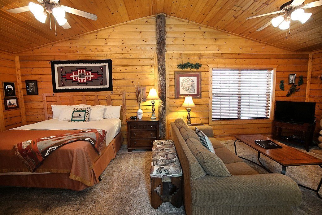 Best Cabins At Grand Mountain 1 Bedroom Cabin Branson With Pictures