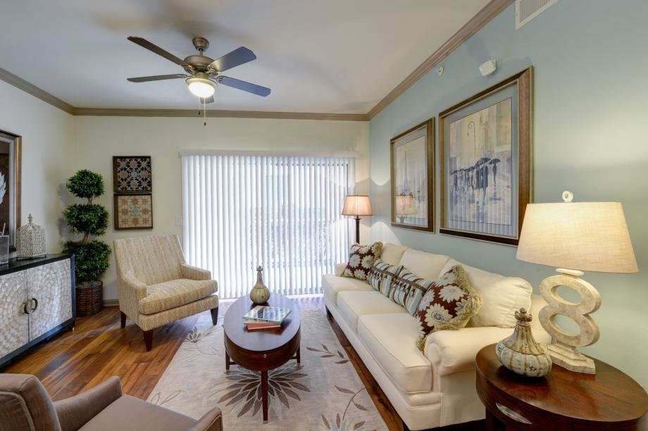 Best 1 2 3 Bedroom Apartments In Austin Tx Camden Stoneleigh With Pictures