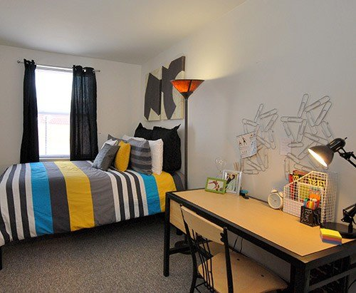 Best Ramz Apartments On Broad Student Apartments 933 W Broad With Pictures