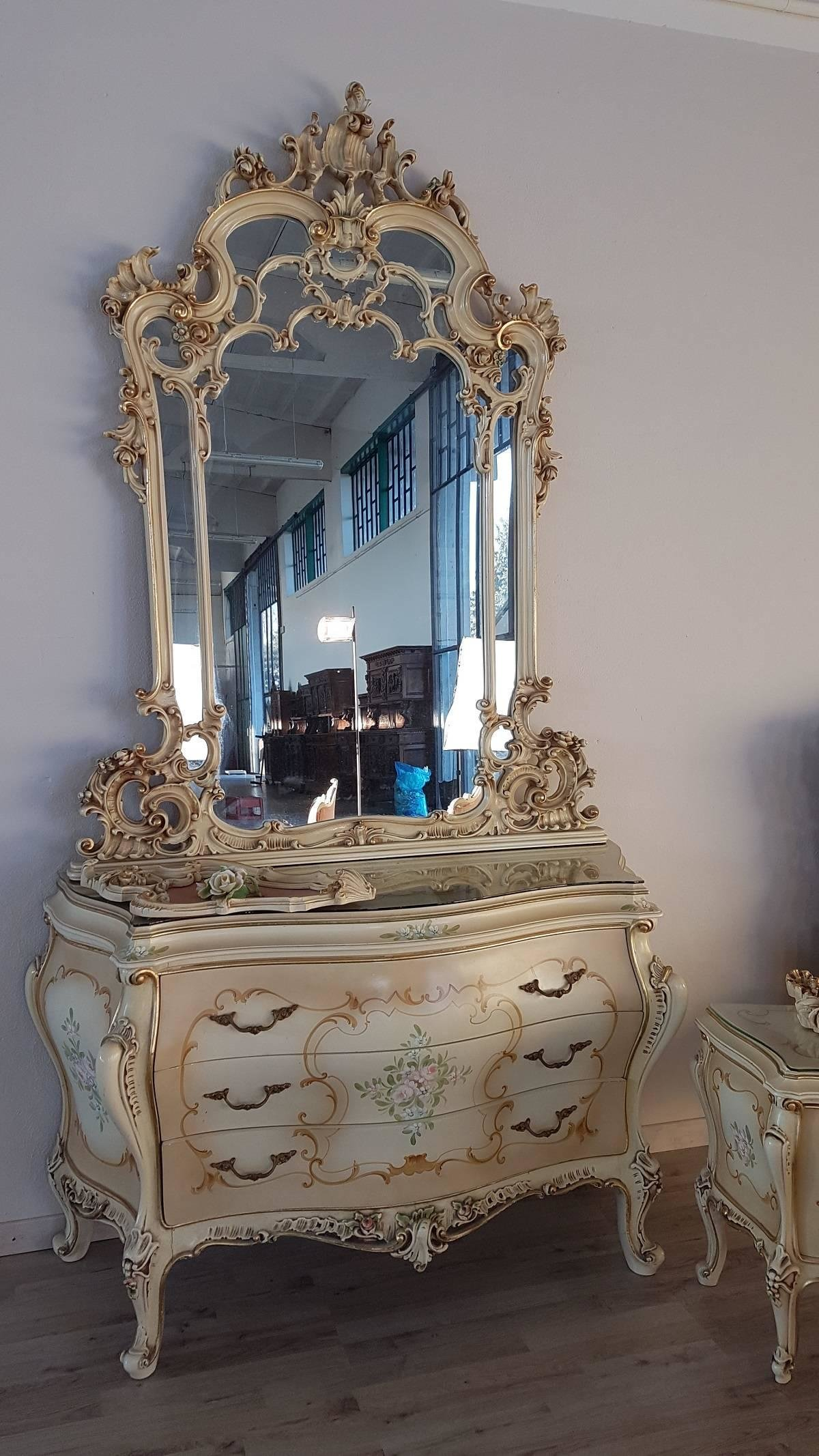 Best 20Th Century Italian Venetian Baroque Style And Painted With Pictures