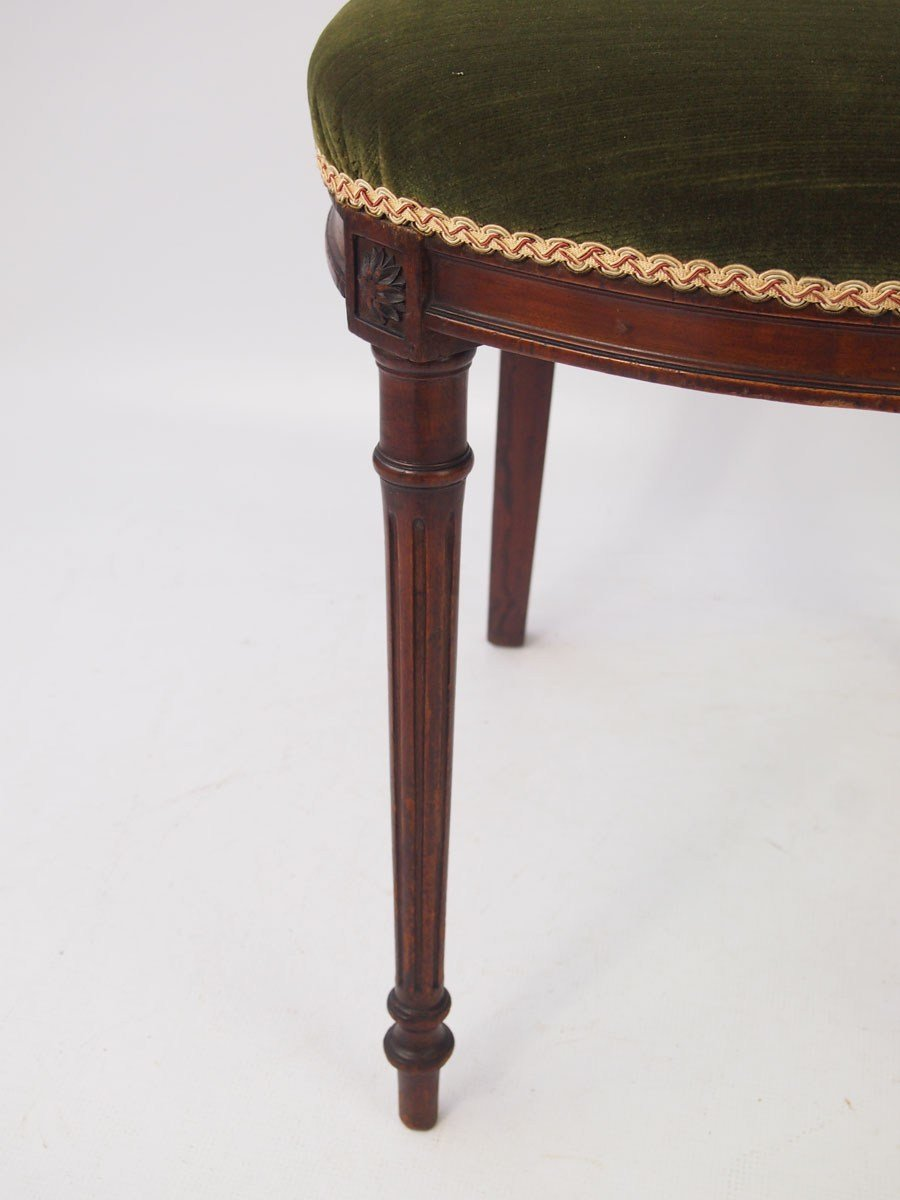 Best Pair Of Small Antique French Mahogany Chairs With Pictures