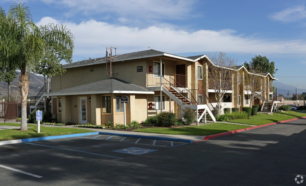 Best Mountain Gate Apartments Apartments San Bernardino Ca Apartments Com With Pictures