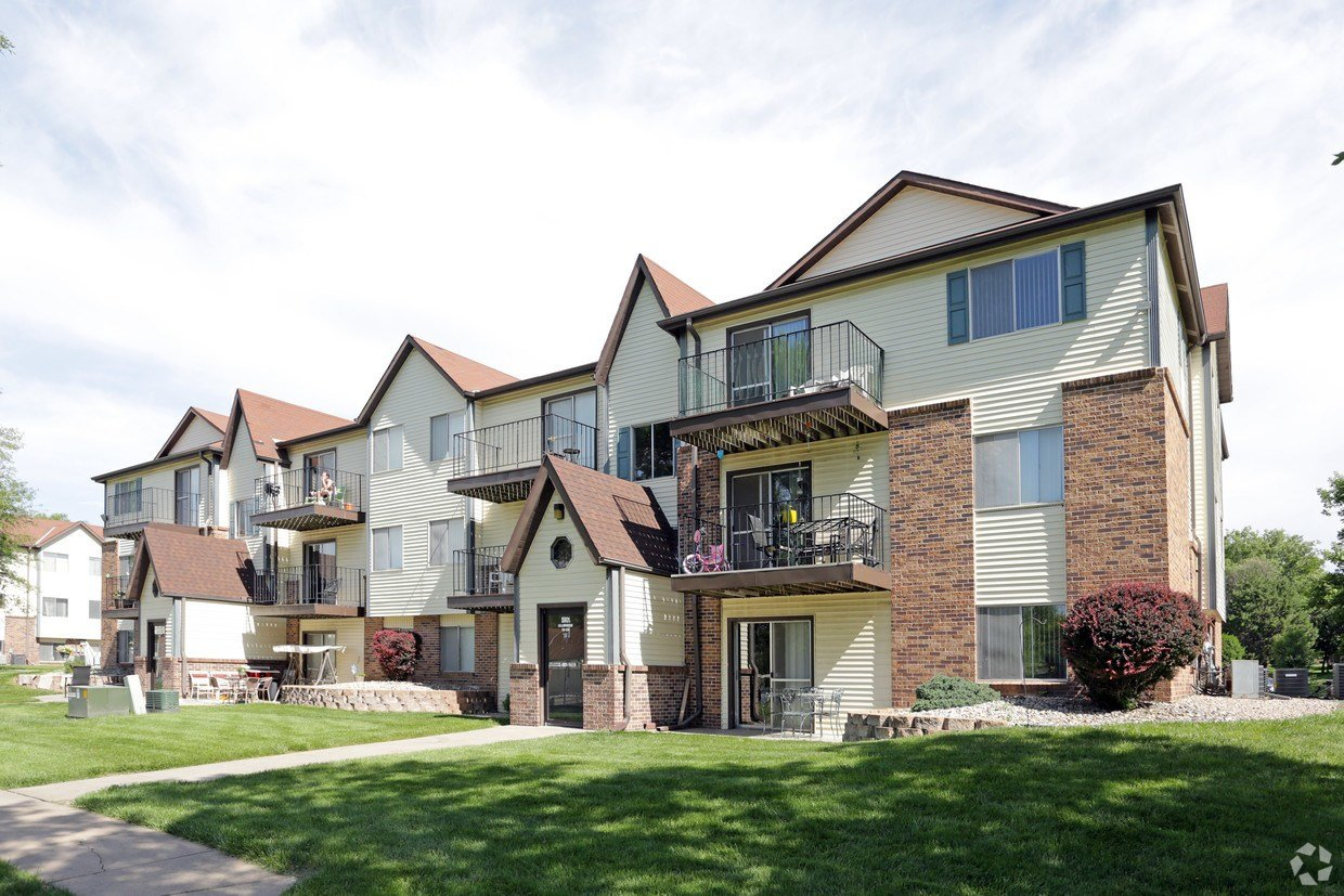 Best Thomasbrook Apartments Apartments Lincoln Ne Apartments Com With Pictures