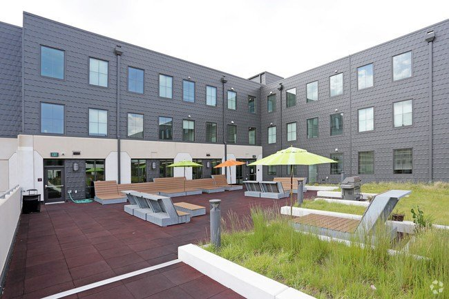 Best The Parkhaus Leasing By Bedroom Apartments Lincoln Ne With Pictures