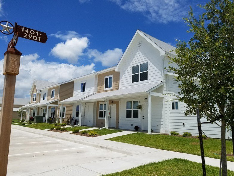 Best Country Lane Townhomes Rentals Victoria Tx Apartments Com With Pictures