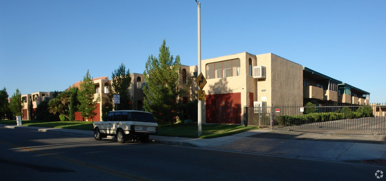 Best Max Keller Senior Apartments Apartments In Lancaster Ca With Pictures