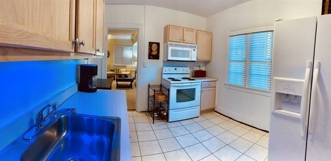 Best Large 2 Bedroom All Utilities Included Apartment For With Pictures