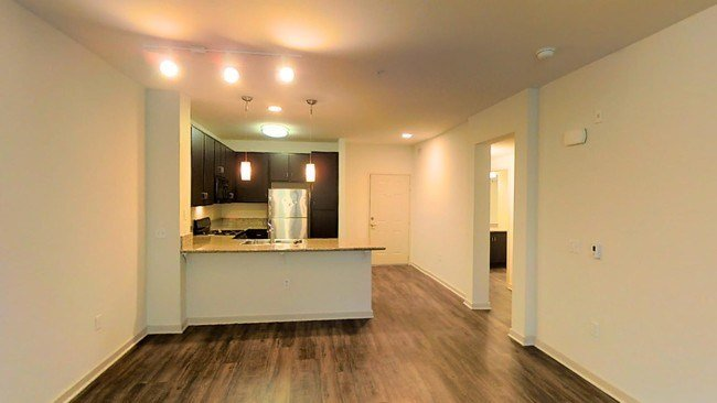 Best Mira Bella Apartments Apartments San Diego Ca With Pictures