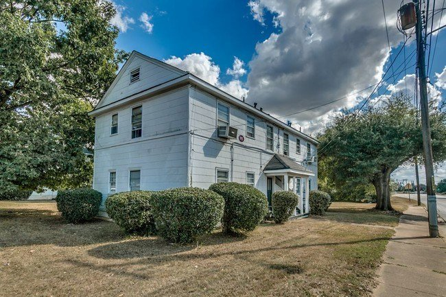 Best Hackberry Place Apartments 1 Bedroom Apartment For Rent In Tuscaloosa Al Apartments Com With Pictures