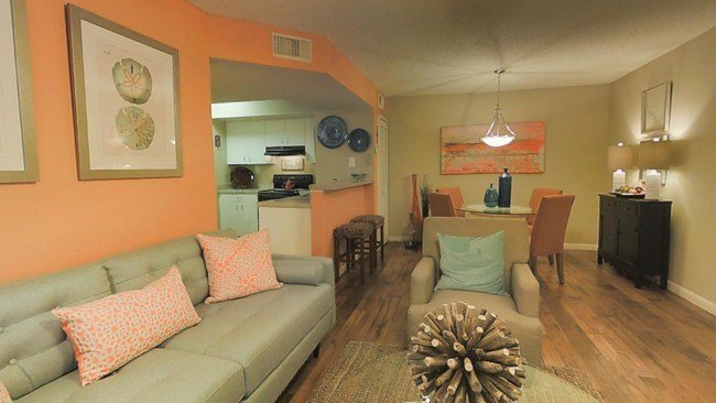 Best Palmetto Place Apartments Apartments Miami Fl With Pictures