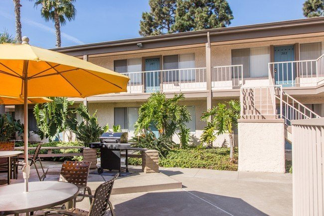 Best Sandpointe Rentals Huntington Beach Ca Apartments Com With Pictures