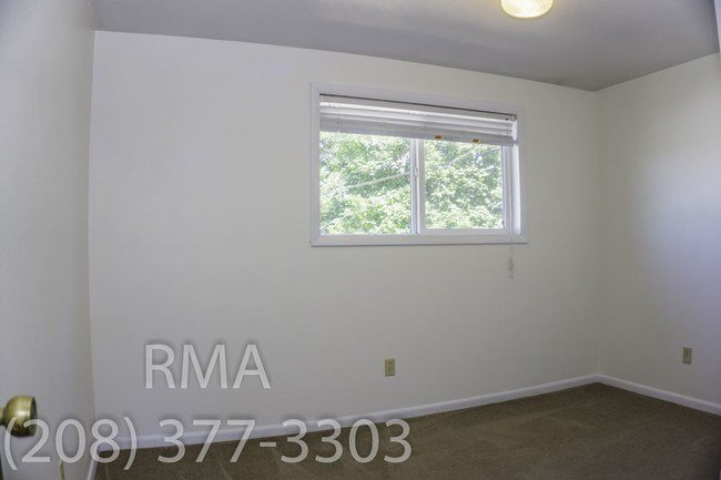 Best 2 Bedroom Apartment Off Cole Road Apartment For Rent In With Pictures
