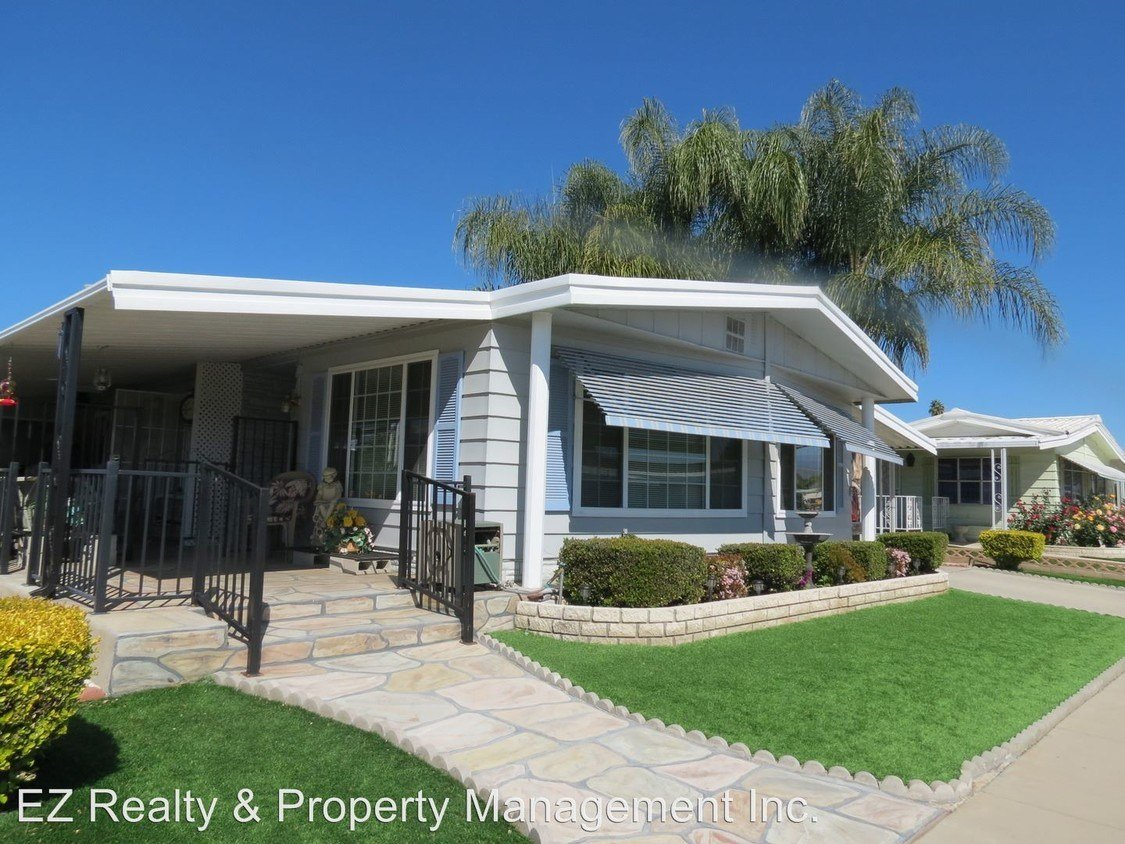 Best House In Hemet 2 Bed 2 Bath 995 With Pictures