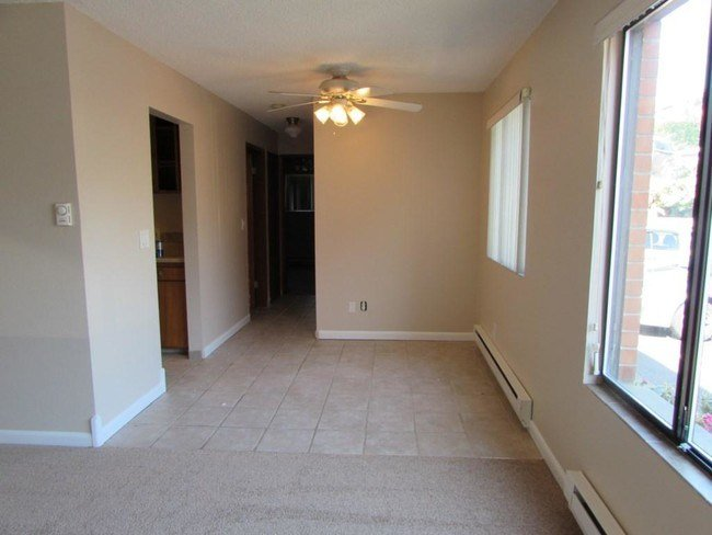 Best 1 Bedroom In Seattle Wa 98125 Apartment For Rent In With Pictures