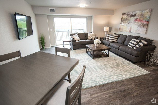 Best 1 Bedroom Apartments For Rent In Waterloo Ia Apartments Com With Pictures