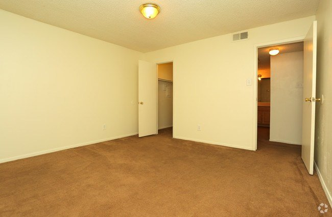 Best Heatherstone Apartments Apartments Tulsa Ok Apartments Com With Pictures