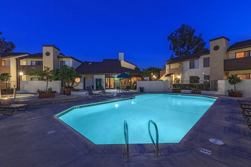 Best The Landing At Long Beach Apartment Homes Rentals Long With Pictures
