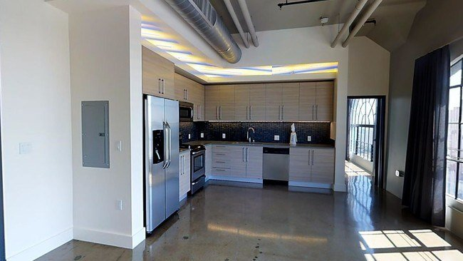 Best Maxfield Lofts Rentals Los Angeles Ca Apartments Com With Pictures
