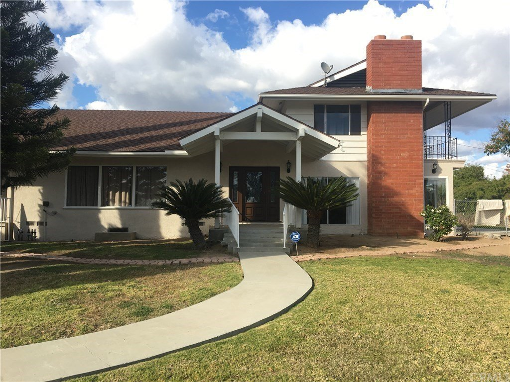 Best House In Fullerton 4 Bed 3 Bath 3495 With Pictures