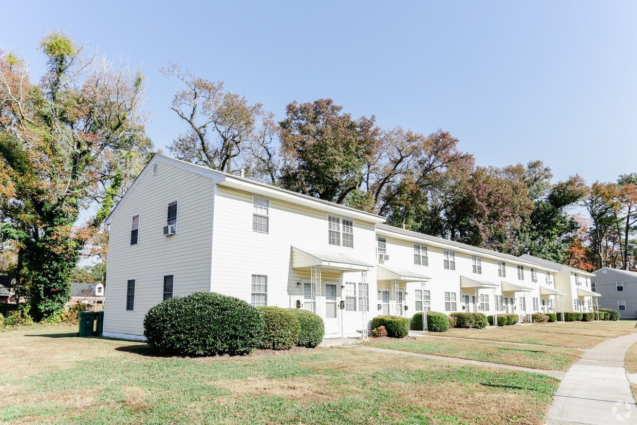 Best Ingleside Square Apartments Apartments Norfolk Va Apartments Com With Pictures