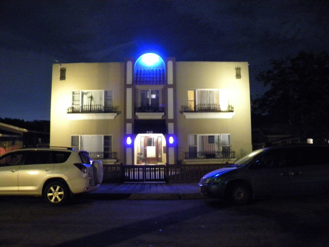 Best Apartment In Fullerton 1 Bedroom 1 Bath 1300 With Pictures