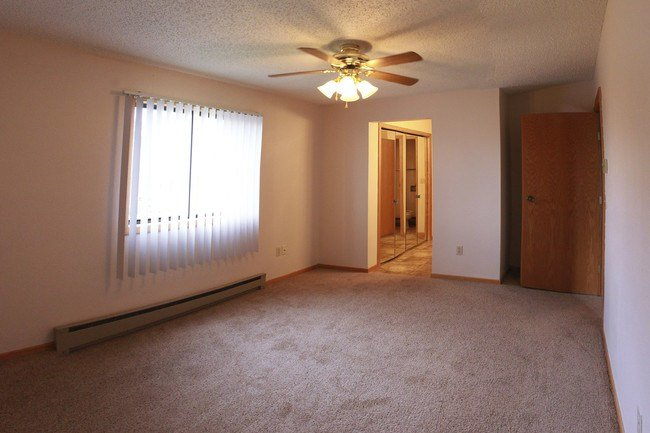 Best Colton Heights Apartments Rentals Minot Nd Apartments Com With Pictures