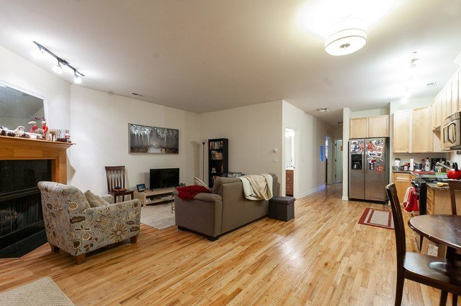 Best 2 Bedroom In Chicago Il 60657 Apartment For Rent In Chicago Il Apartments Com With Pictures