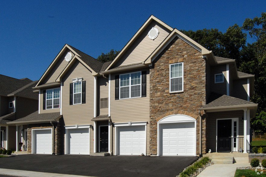 Best Verdana Howell Rentals Howell Nj Apartments Com With Pictures