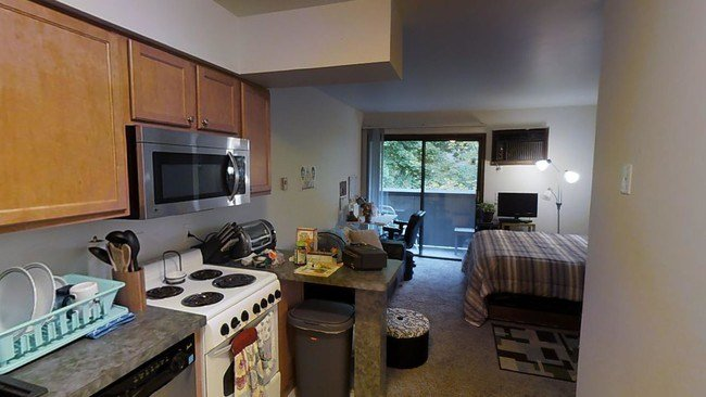 Best Treehouse West Apartments Apartments East Lansing Mi With Pictures