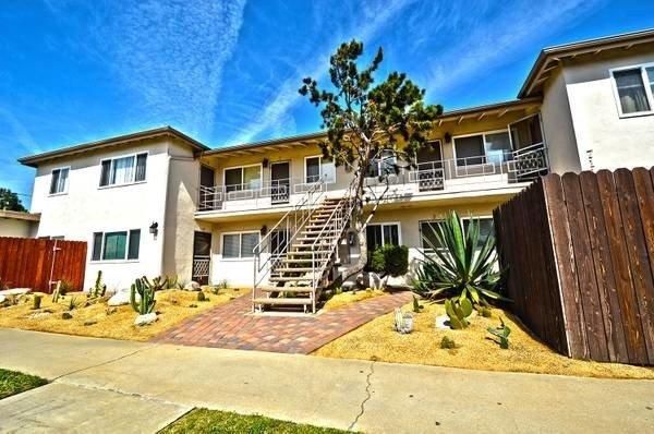 Best Apartment In Huntington Beach 2 Bed 1 Bath 1750 With Pictures