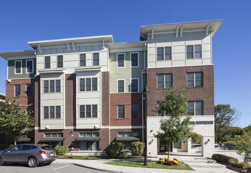 Best Gloria Robinson Court Rentals Jersey City Nj Apartments Com With Pictures
