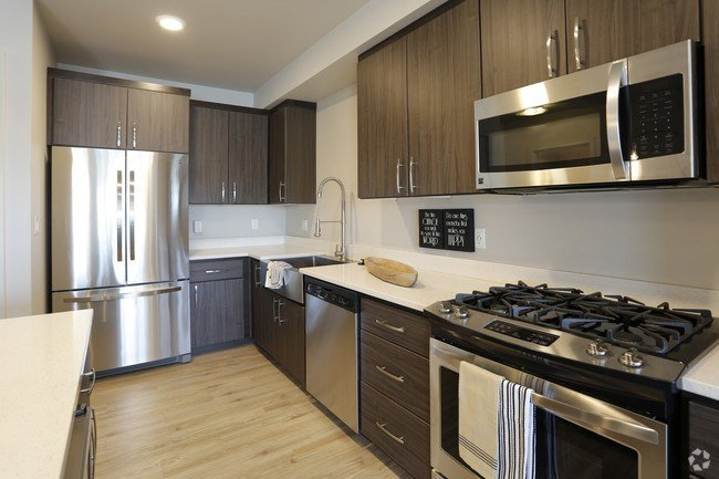 Best 2 Bedroom Apartments For Rent In Portland Or Apartments Com With Pictures
